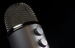 microphone-e834b60d2a_1920